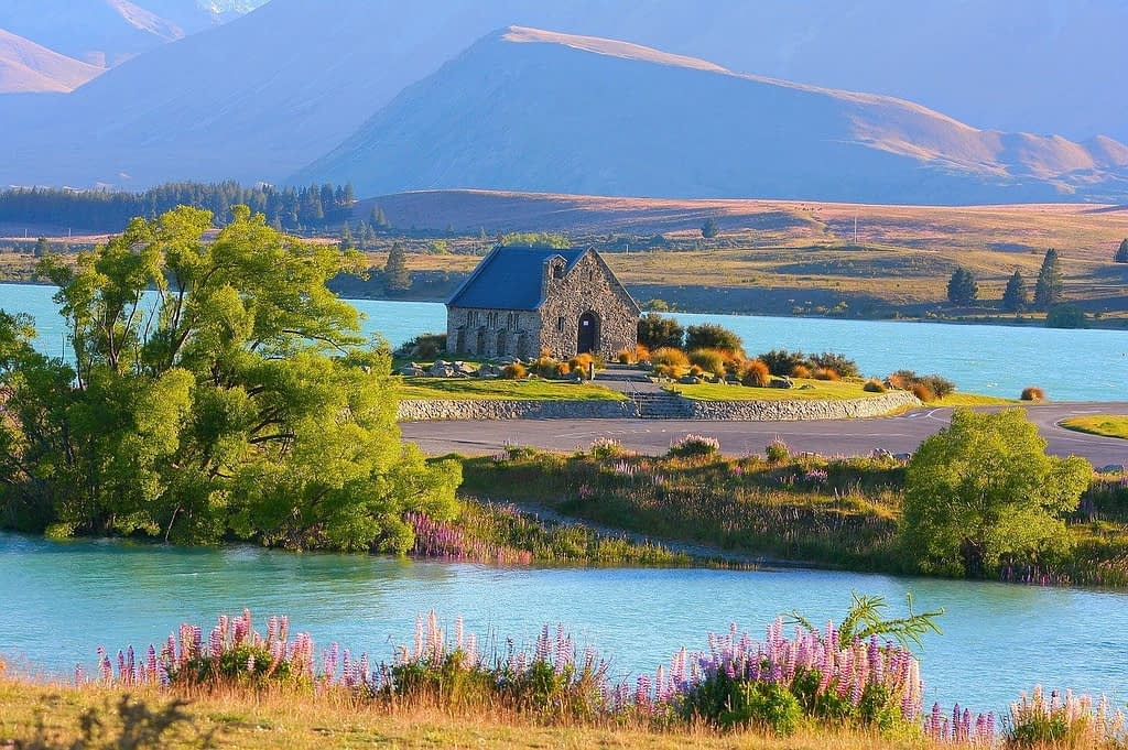 Lake Tekapo New Zealand Campervan hire
